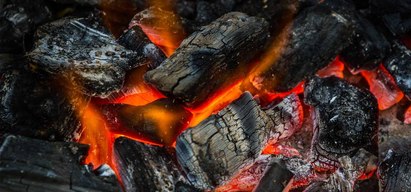 Fire-On-Charcoal-For-Food-Gril